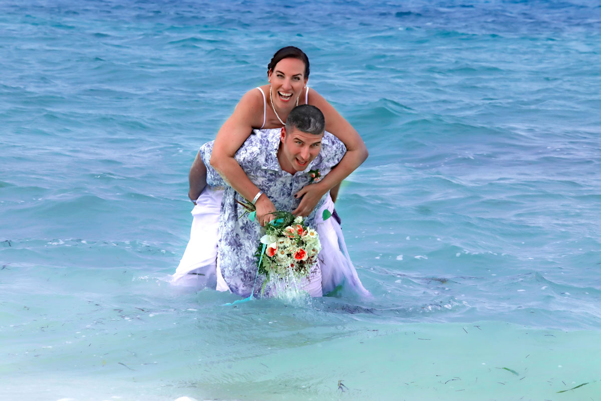 CUBA Hot Destination Weddings